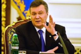 Yanukovych urges officials not to wait till the sky falls