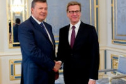 German foreign minister talks constructively to Yanukovych