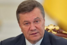 Yanukovych instructs promptly respond to violation of journalists' rights