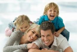 Azarov promises to restore family values