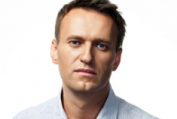 Navalny released on recognizance not to leave town