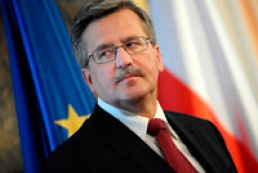 Komorowski wishes Ukraine peace and prosperity