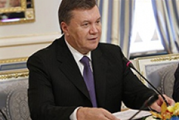 Yanukovych demands to freeze tariff increase of state monopolies for two years