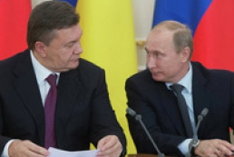 Yanukovych discusses economic relations with Putin in Moscow