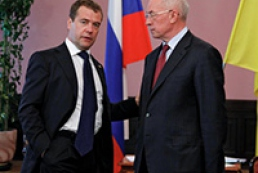 Meeting between Azarov and Medvedev lasts five minutes