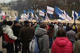 Tabachnyk urges students not to attend meetings during study
