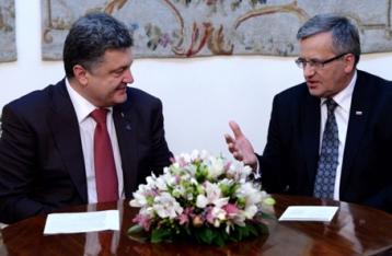 Порошенко провел встречу с Коморовским