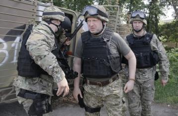 Турчинов заявил о перекрытии участка границы на востоке Украины