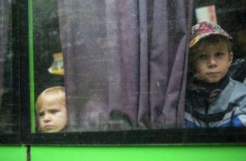 Детей из Снежного вернули в Украину