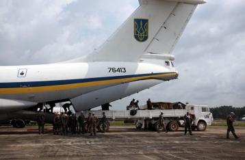У Луганську збили український військовий літак