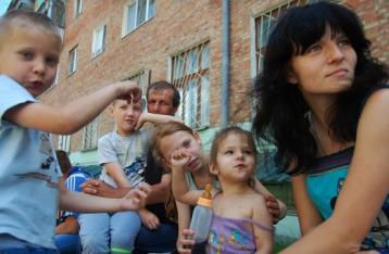 ООН: Крым и восток Украины покинули 38 тысяч человек