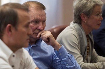 Кучма: На завтра запланированы очередные трехсторонние переговоры