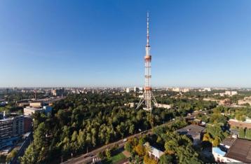 Порошенко закликає розробити програму спеціального мовлення для Донбасу