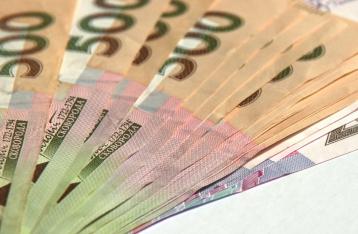 Стагнирующую украинскую экономику спасают эмиссией