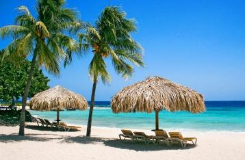 Холодное лето 2014-го: сезон отпусков закрылся, не открываясь?
