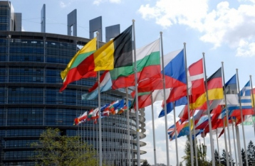 Меркель: Саммит ЕС рассмотрит новые санкции против РФ