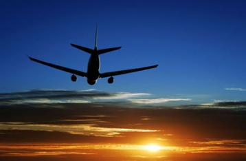 Несколько авиакомпаний прекращают полеты над востоком Украины