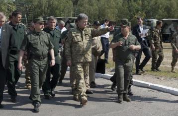 Порошенко: Родилась новая украинская армия