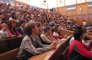 Навчальний рік для першокурсників Донбасу не почнеться вчасно