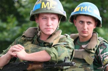 АП: Ввод в Украину миротворцев РФ будет прямой агрессией