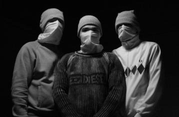 У Києві 40 осіб напали на заклад