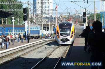 В Україні проїзд у поїздах подорожчав на 10%