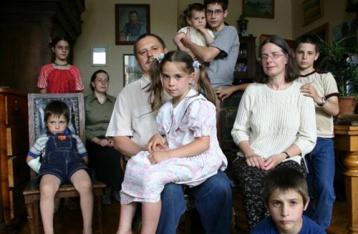 Многодетных родителей в армию не призовут