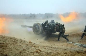 Порошенко: Часть вошедшей из РФ в Украину военной техники уничтожена