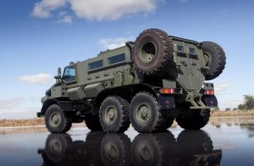 Порошенко: Украина выделит более 40 миллиардов на перевооружение армии