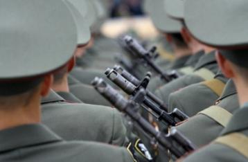 Яценюк: Україні потрібна нова воєнна доктрина