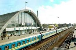 Завтра возобновится движение поезда Киев-Луганск