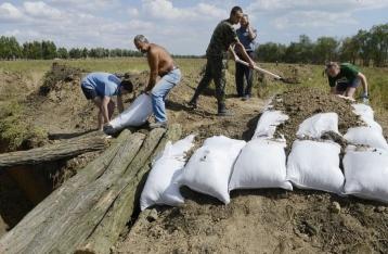 Украинских студентов, фрилансеров и безработных обяжут копать окопы