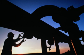 Венгрия остановила поставки газа в Украину