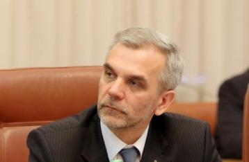 Прем'єр запропонував Кабміну відсторонити від посади главу МОЗ