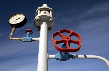 Кабмін заборонив виробникам добрив використовувати український газ