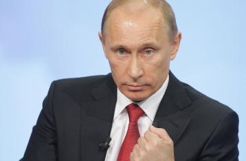 Президент РФ: Тиск на Росію шляхом санкцій ускладнює діалог по Україні