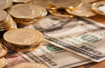 На межбанке доллар подорожал до 15,44