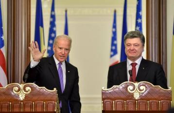 Порошенко и Байден сошлись на формате трехсторонней контактной группы по Донбассу
