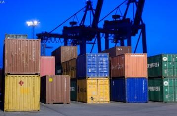 Експорт українських товарів за рік упав на 13%