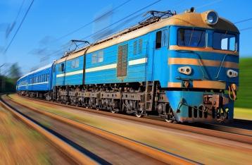 «Укрзалізниця» припинила залізничні перевезення до Криму з 27 грудня
