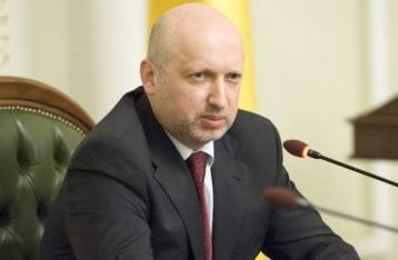 Турчинов: «Интер» нужно лишить лицензии на вещание
