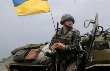 Порошенко предлагает с 18 марта по 1 мая провести демобилизацию