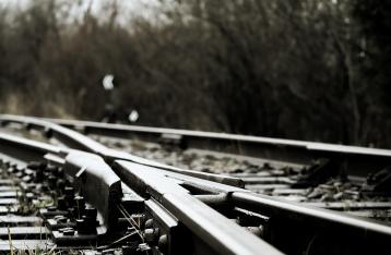 В Запорожской области взорвали железнодорожный мост, по которому ехал поезд