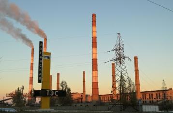 Из-за обстрела ТЭС контролируемая Украиной Луганщина осталась без света