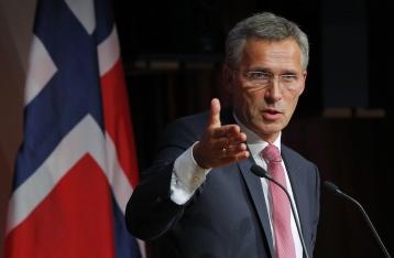 Генсек НАТО призвал РФ прекратить поддержку НВФ на Донбассе