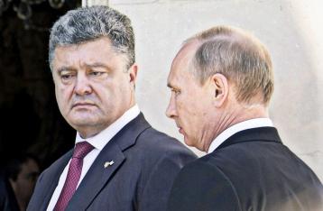 Порошенко потребовал от Путина освободить Савченко