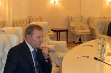 Захарченко: Переговоров в Минске не будет, пока Киев представляет Кучма
