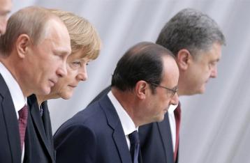 Порошенко – Меркель, Олланду и Путину: Не нужно делать вид, что в Дебальцево ничего не произошло