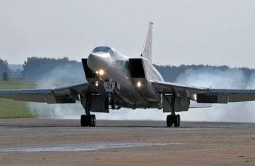 РФ перебросит в Крым стратегические бомбардировщики