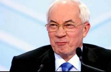 Азарову за шесть лет переплатили более полмиллиона пенсии